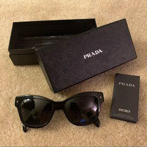 NEW Prada SPR 29R-F 53 18 Sunglasses